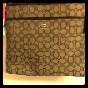 NWT Coach File Bag